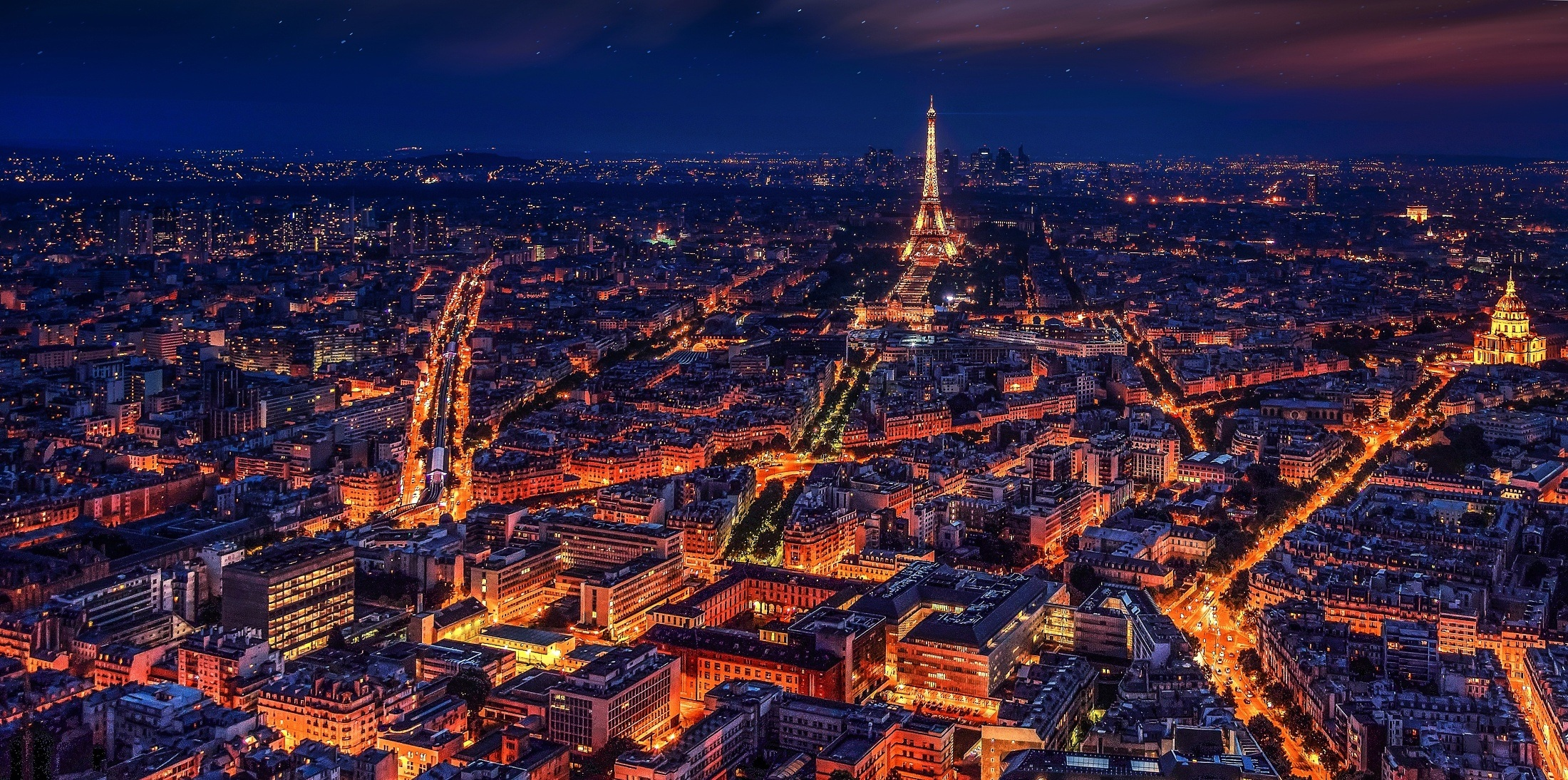 Paris-nuit-Tour-Eiffel